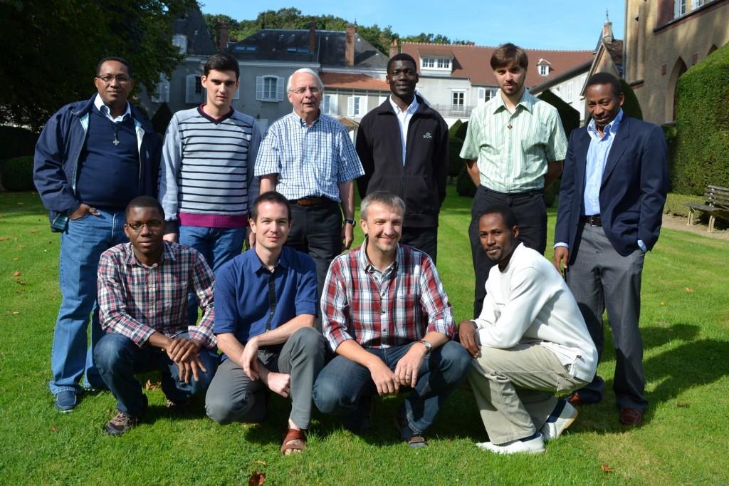 La communauté lors du week-end de rentrée à Epernon au prieuré St Thomas
