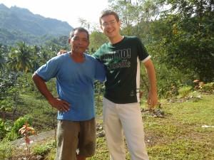 Jean Baptiste Pertriaux avec un ami philippin