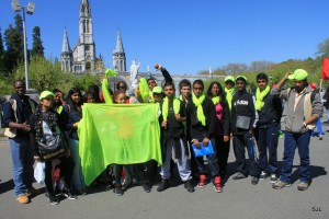 groupe Blanc Mesnil au Frat Lourdes 2014