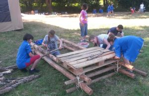 Construction des installations de camp