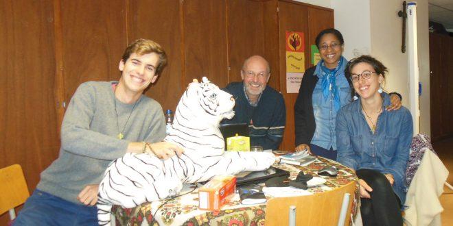 Journée de formation chez les spiritaines : Antoine, un tigre blanc de Sibérie, P. Jean-Pascal, Sœur Sandra, Marie