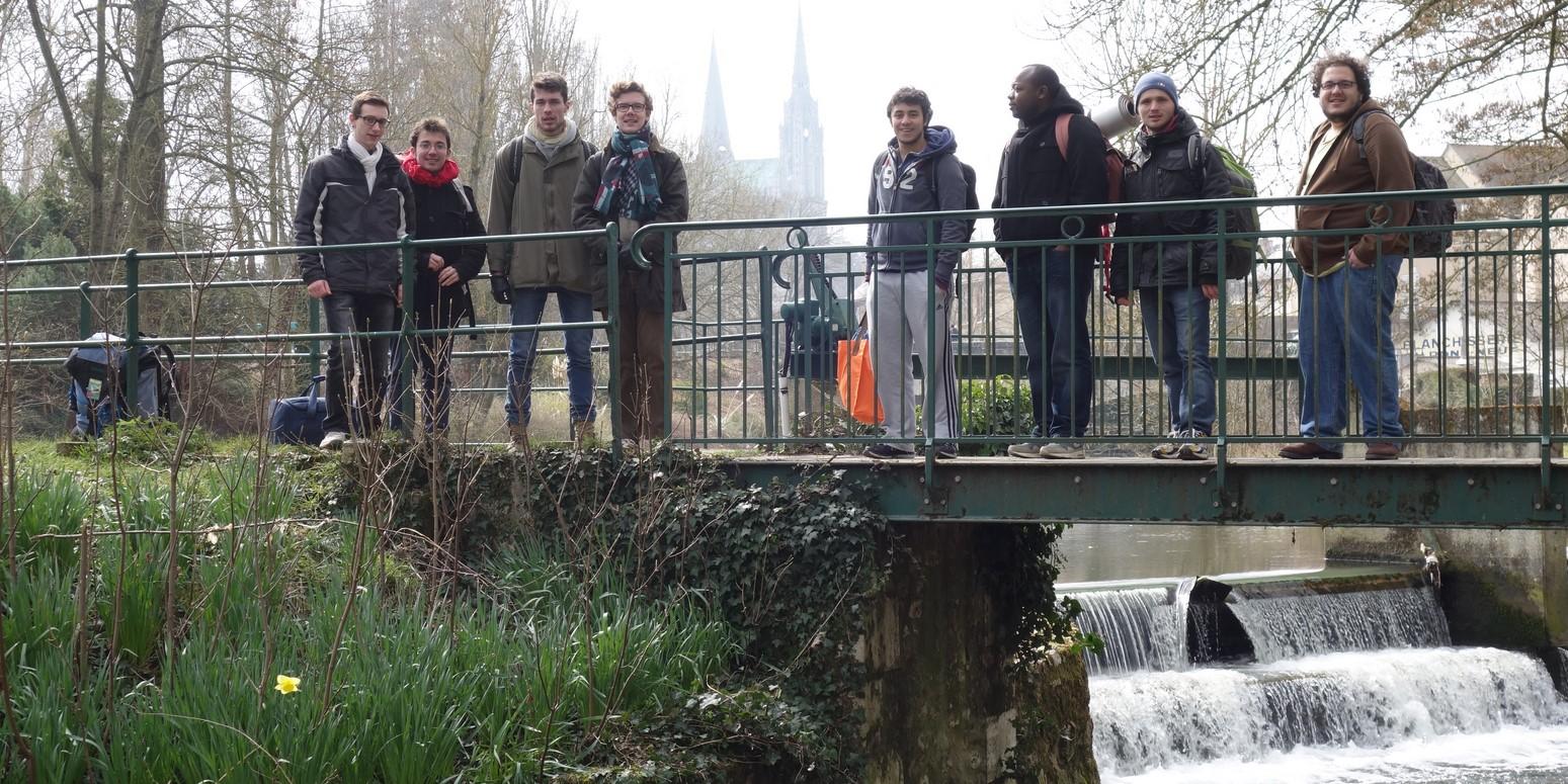 lieu de rencontre gay brest à Chartres